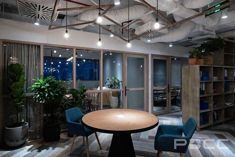 红5工作室设计房产办公室办公室装修5