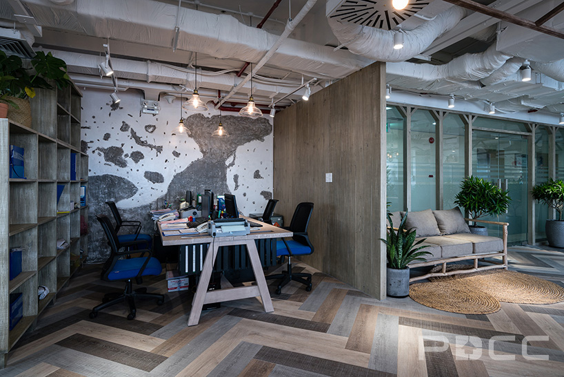 红5工作室设计房产办公室办公室装修11