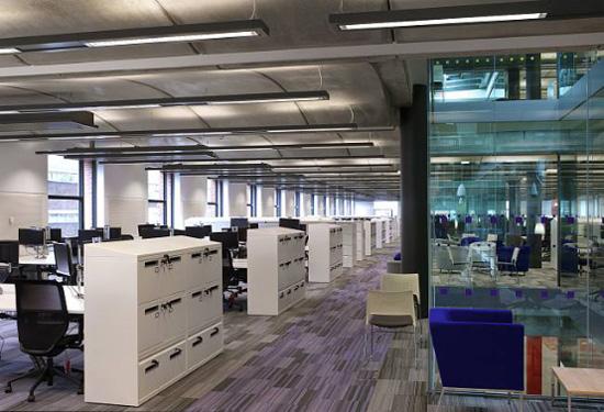 办公室装修之巧用空间