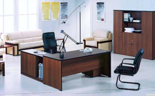 办公室设计时如何选好办公家具和设备