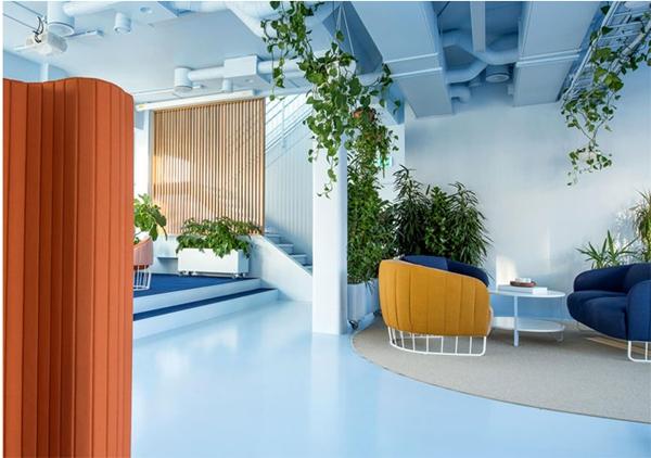 令人着迷的北欧极简办公室设计