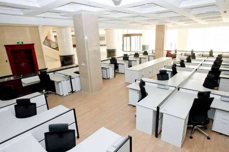 上海办公室装修如何选择合适的办公家具
