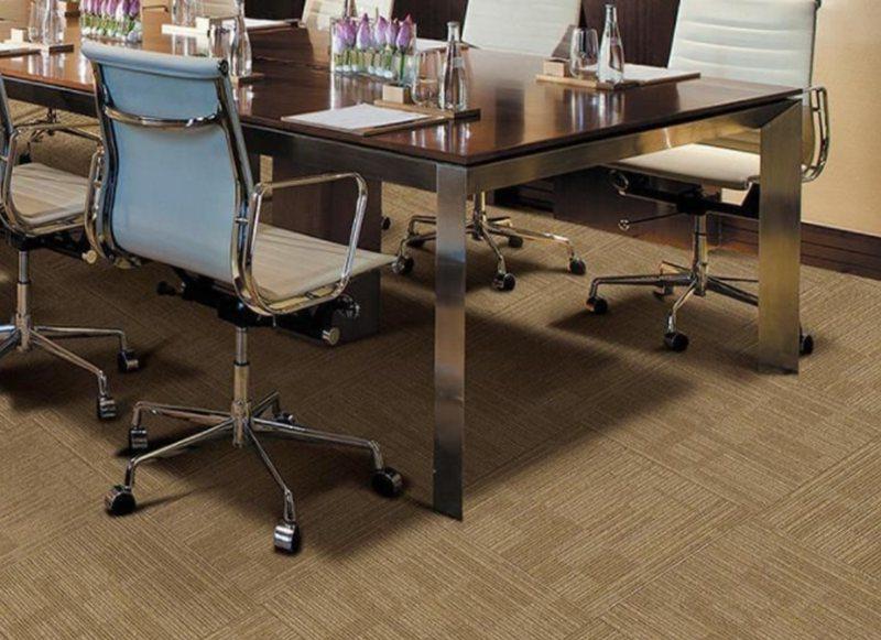 谈一谈办公室装饰中地毯的优势及选择